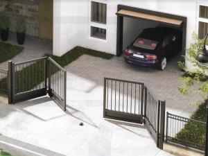 Motorizált kerti kapu megoldás: harmonika kapu a MagicDoorn-nál